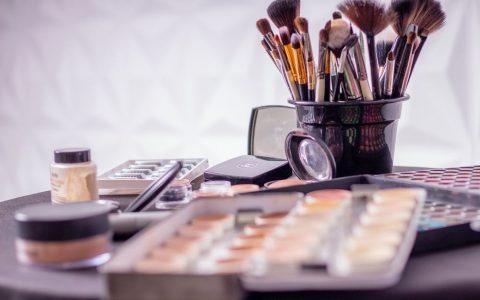 一个新的化妆品品牌如何做营销推广打开市场